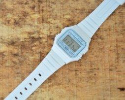 reloj-estilo-retro-silicona-niña-blanco