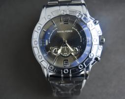 reloj-hombre-metalico-plateado-modelo-70