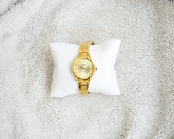 Reloj Metalico Dorado Q&Q Original Diseño 8 - relojes mujer