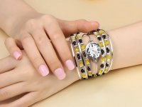 Reloj Metalico Bohemia Cristales Amarillo - relojes mujer