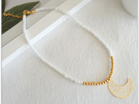 Collar Chaquira Blanco Dorado Luna - collares mujer